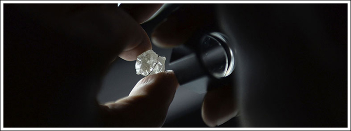A GIA certificate will indicate if a diamond is man-made.