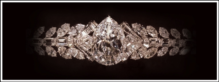 The Excelsior weighs 995.20 carats and remains to be the third largest rough diamond of gem-quality