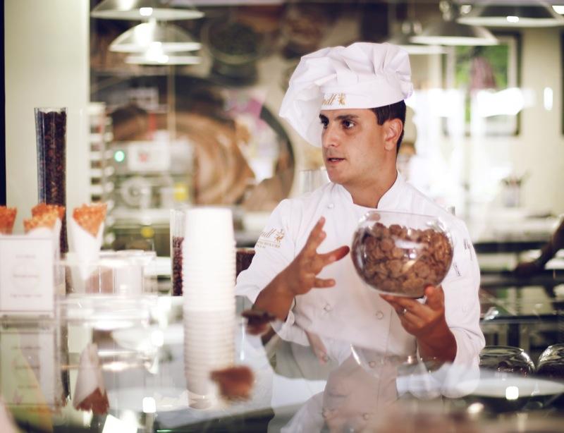 Chef Dimo Simatos