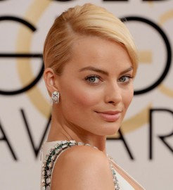 Margot Robbie Golden Globes 2014