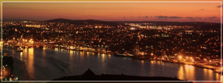 Arrange for a sunset picnic on Signal Hill