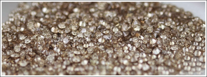 If you're in the market for a fancy colour diamond, but you're not looking to spend a large amount, a champagne colour diamond is a perfect choice.