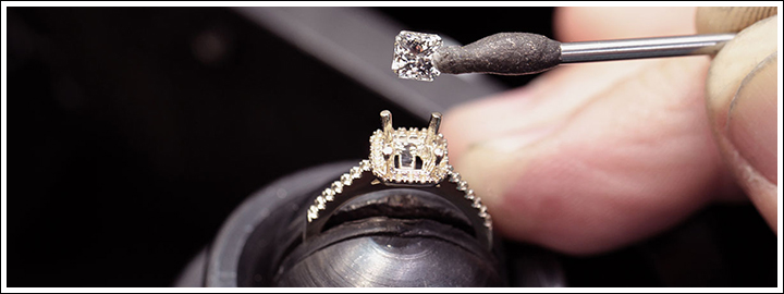There's no rules when it comes to setting a budget for your significant others dream engagement ring