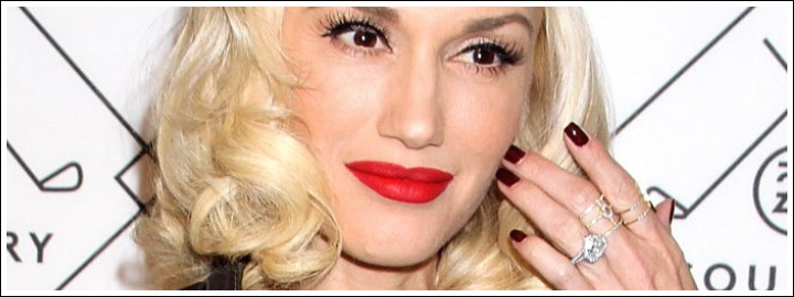 Gwen received a one-of-kind heart-shaped diamond ring from her fiancé, Gavin